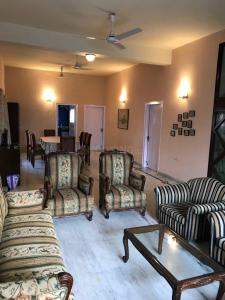 Gallery Cover Image of 1000 Sq.ft 2 BHK Apartment for rent in New Town for 40000