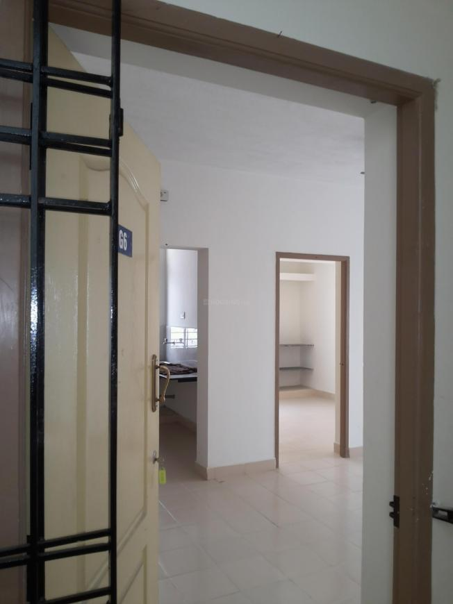 Main Entrance Image of 720 Sq.ft 2 BHK Apartment for rent in Oragadam for 7000