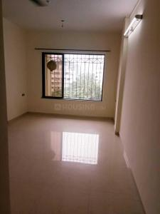 Gallery Cover Image of 1000 Sq.ft 2 BHK Apartment for rent in Borivali West for 25000