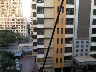 Gallery Cover Image of 1150 Sq.ft 2 BHK Apartment for rent in Borivali East for 30000