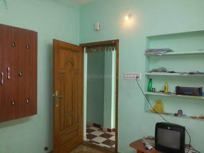 Gallery Cover Image of 550 Sq.ft 1 BHK Apartment for rent in Valasaravakkam for 7000