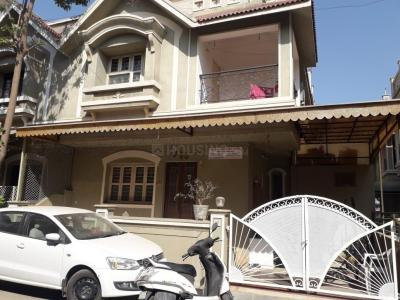 Gallery Cover Image of 2000 Sq.ft 3 BHK Independent House for buy in Bopal for 13800000
