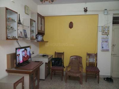 Gallery Cover Image of 910 Sq.ft 2 BHK Apartment for rent in Vile Parle East for 65000