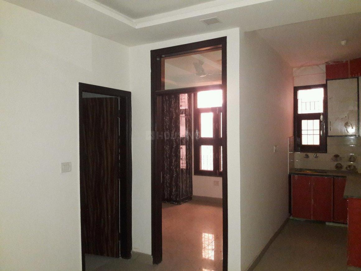 Living Room Image of 650 Sq.ft 2 BHK Apartment for rent in Mahavir Enclave for 12000