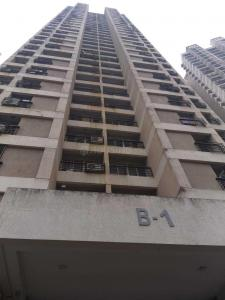 Gallery Cover Image of 825 Sq.ft 2 BHK Apartment for rent in Thane West for 28000
