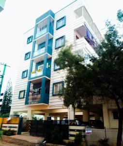 Gallery Cover Image of 2000 Sq.ft 3 BHK Apartment for rent in Hennur for 28000