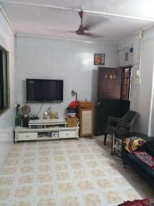 Gallery Cover Image of 450 Sq.ft 1 RK Apartment for buy in Kandivali West for 7000000