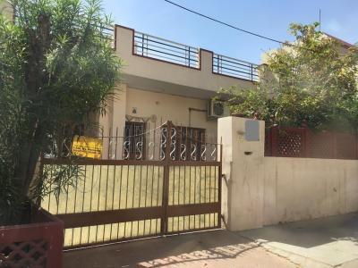 Gallery Cover Image of 1080 Sq.ft 3 BHK Villa for buy in Jagatpura for 9000000