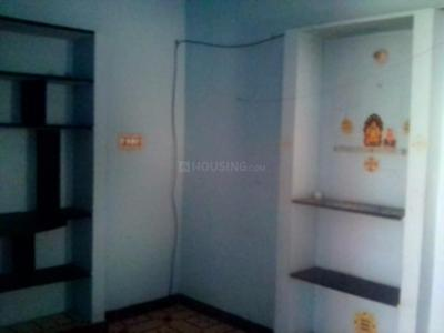 Gallery Cover Image of 400 Sq.ft 1 BHK Independent House for rent in Shenoy Nagar for 5500