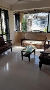 Gallery Cover Image of 1050 Sq.ft 2 BHK Apartment for rent in Dadar West for 75000