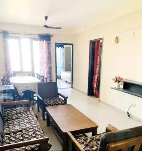Gallery Cover Image of 1260 Sq.ft 2 BHK Apartment for rent in Logix Blossom County, Sector 137 for 22000