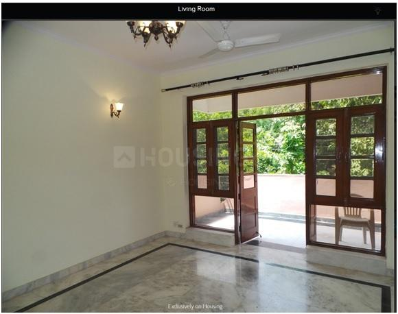 Living Room Image of 1850 Sq.ft 3 BHK Apartment for rent in Sector 93 for 17000