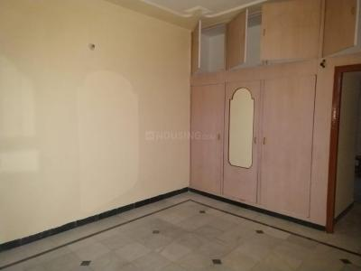 Gallery Cover Image of 1300 Sq.ft 2 BHK Independent House for rent in Phase 1 for 13000