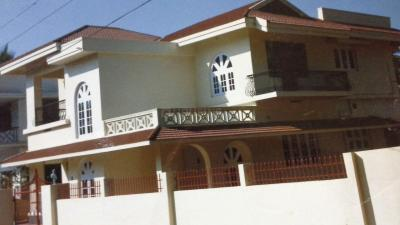 Gallery Cover Image of 1000 Sq.ft 2 BHK Independent Floor for rent in Olavakode for 10000