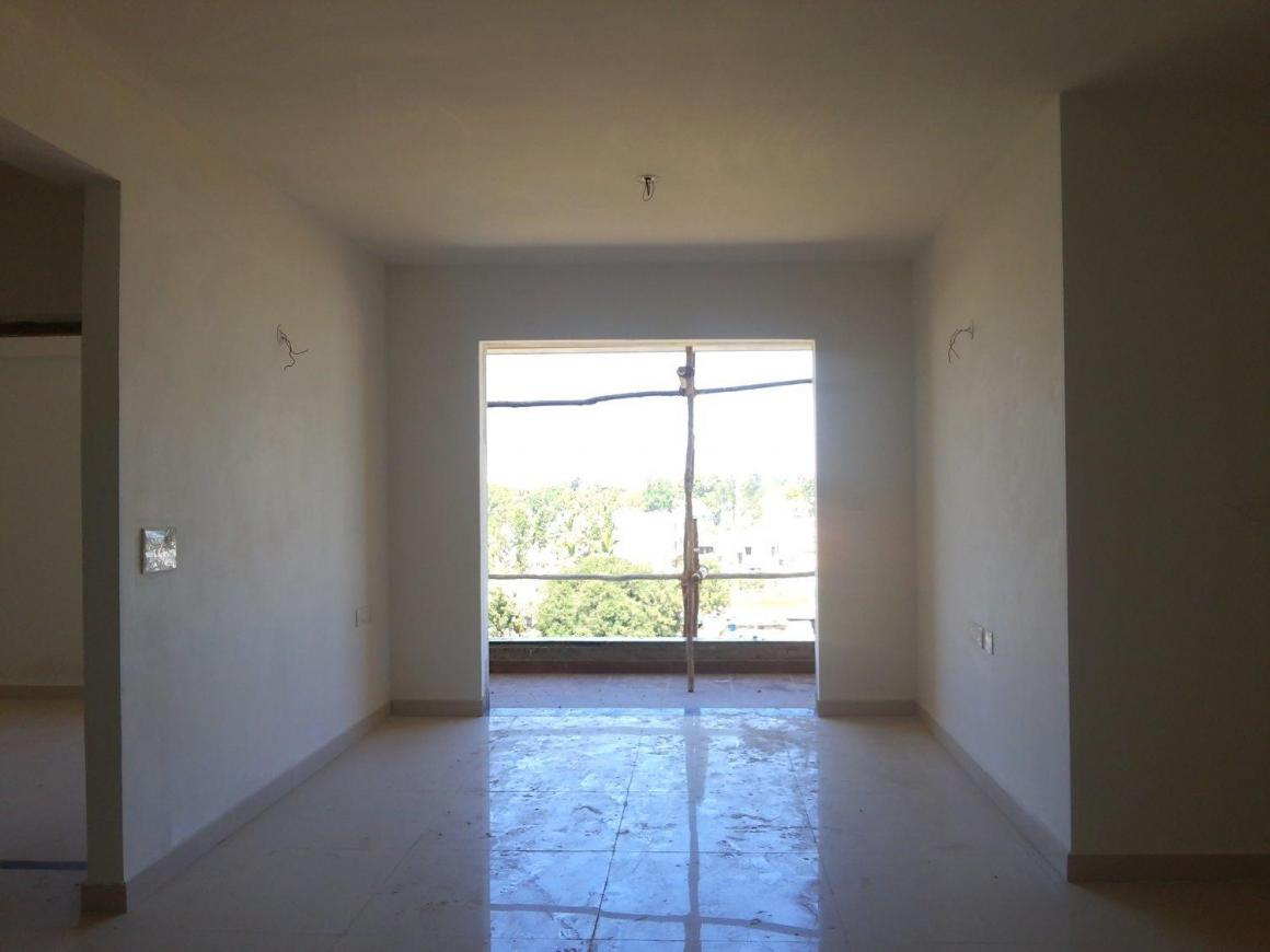 Living Room Image of 1600 Sq.ft 3 BHK Apartment for buy in Jyotipuram for 8400000