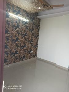 Gallery Cover Image of 1600 Sq.ft 3 BHK Independent Floor for buy in Sector 62A for 4110000