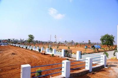 Gallery Cover Image of  Sq.ft Residential Plot for buy in Nanakram Guda for 15600000