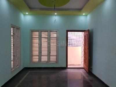 Gallery Cover Image of 1100 Sq.ft 2 BHK Independent House for buy in Hoskote for 6500000