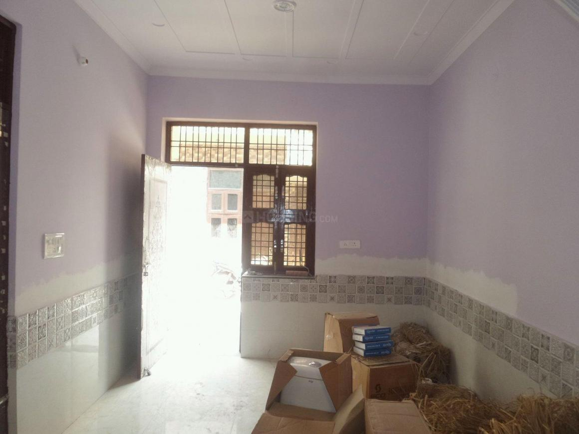 Living Room Image of 450 Sq.ft 1 BHK Independent House for buy in Sector 104 for 2700000