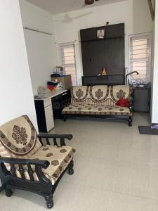 Gallery Cover Image of 1125 Sq.ft 2 BHK Apartment for rent in Ambawadi for 26000