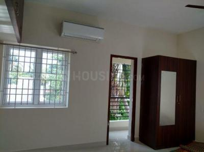 Gallery Cover Image of 1500 Sq.ft 3 BHK Apartment for rent in Maduravoyal for 30000
