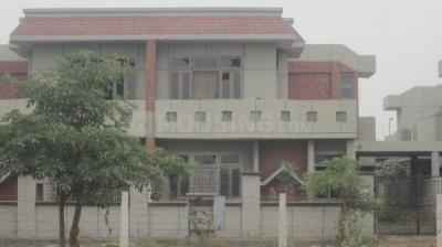 Gallery Cover Image of 2152 Sq.ft 2 BHK Independent House for buy in Sigma III Greater Noida for 7200000