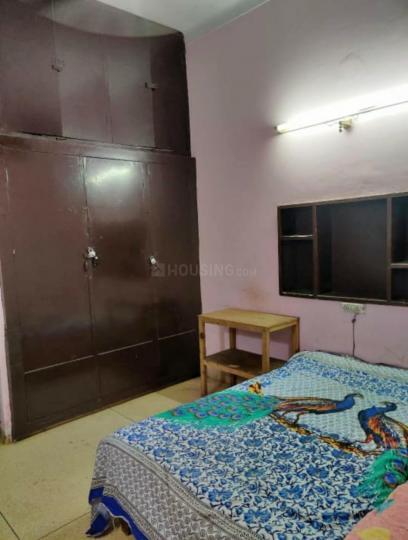 साउथ  एक्सटेंशन आई में अरोरा पीजी के बेडरूम की तस्वीर