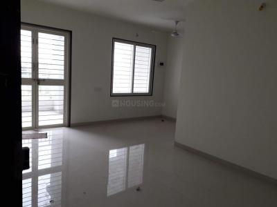 Gallery Cover Image of 1100 Sq.ft 3 BHK Apartment for rent in Dhanori for 18000