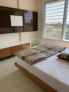 Gallery Cover Image of 980 Sq.ft 2 BHK Apartment for rent in Kamothe for 15000
