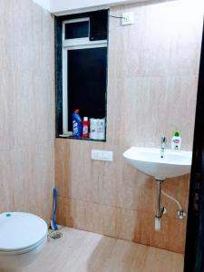 Bathroom Image of PG 4195414 Thane West in Thane West