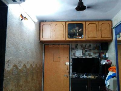 Gallery Cover Image of 225 Sq.ft 1 RK Apartment for rent in Andheri East for 18000