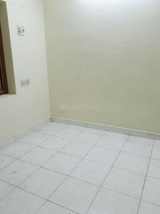 Gallery Cover Image of 450 Sq.ft 1 BHK Apartment for rent in Choolaimedu for 10000