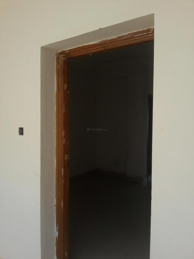 Main Entrance Image of 1000 Sq.ft 3 BHK Apartment for buy in Sri Chakra Nagar for 4000000