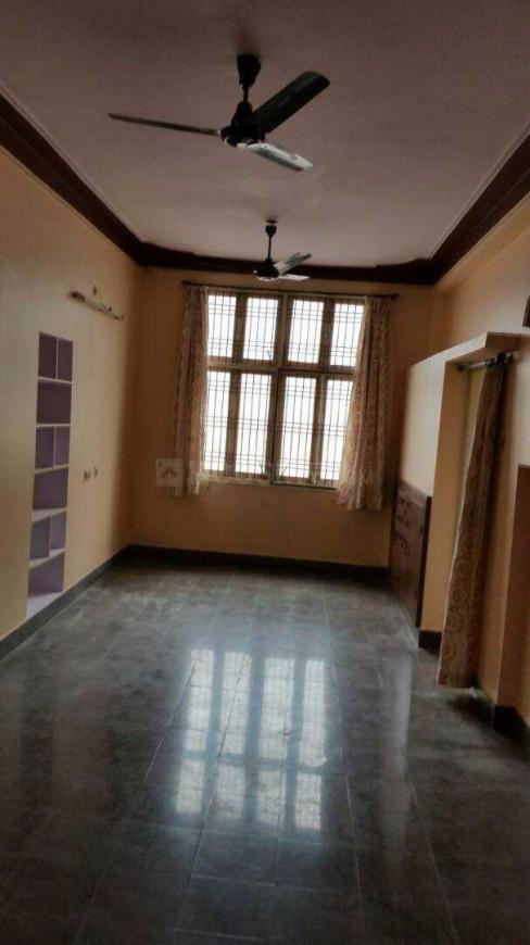 Living Room Image of 650 Sq.ft 1 BHK Apartment for rent in Kachiguda for 10000