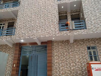 Building Image of Mahadev PG in Palam Vihar Extension