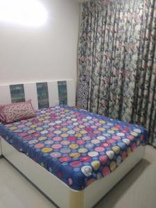 Gallery Cover Image of 1070 Sq.ft 2 BHK Apartment for rent in Thane West for 24000