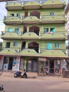 Gallery Cover Image of 750 Sq.ft 1 BHK Independent House for rent in Electronic City for 7000