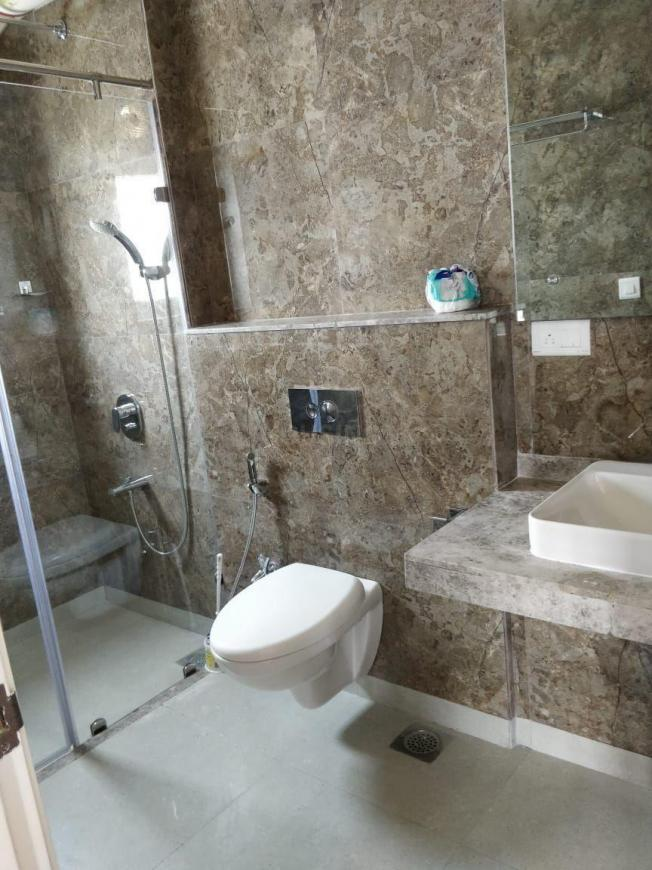 Bathroom Image of 800 Sq.ft 2 BHK Apartment for rent in Malabar Hill for 125000