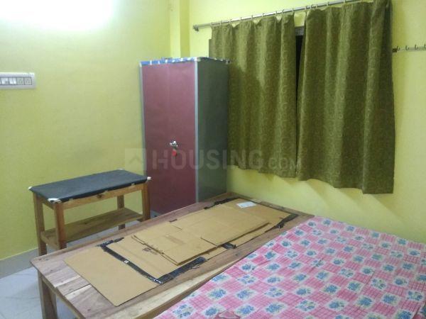 Bedroom Image of Karmakar PG in Jadavpur