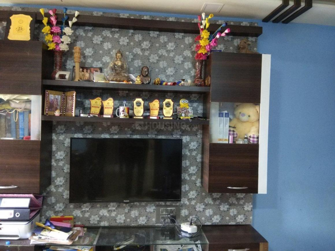 Living Room Image of 900 Sq.ft 2 BHK Apartment for rent in Kalyan West for 16000