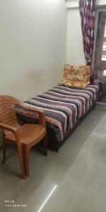 Gallery Cover Image of 950 Sq.ft 2 BHK Apartment for rent in Rustomjee Evershine Global City, Virar West for 8000