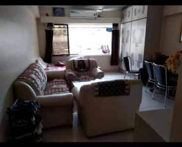 Gallery Cover Image of 720 Sq.ft 1 BHK Apartment for buy in Bandra West for 25000000