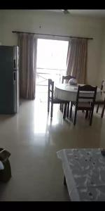 Gallery Cover Image of 1403 Sq.ft 3 BHK Apartment for buy in Thiruvanmiyur for 14000000