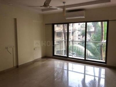 Gallery Cover Image of 1700 Sq.ft 3 BHK Apartment for rent in Palazzo Residency, Khar West for 140000