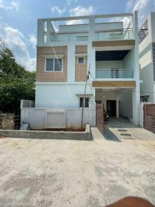 Gallery Cover Image of 2500 Sq.ft 4 BHK Villa for buy in Kowkur for 10500000