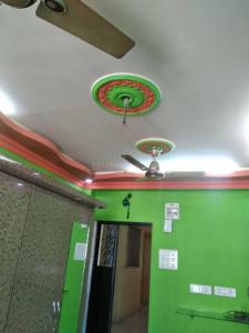 Gallery Cover Image of 200 Sq.ft 1 RK Apartment for rent in Kandivali West for 11000