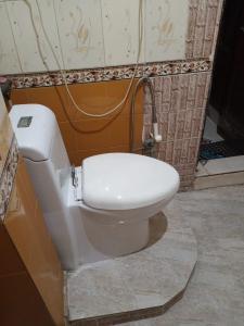 Bathroom Image of Tomer PG House in Mahavir Enclave