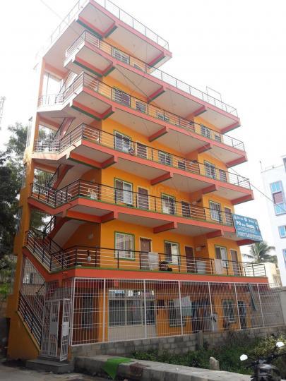 नागवारा में बालाजी पीजी में बिल्डिंग की तस्वीर