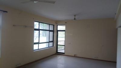 Gallery Cover Image of 2150 Sq.ft 3 BHK Apartment for rent in Chi I for 10000