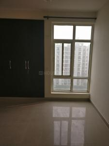 Gallery Cover Image of 1600 Sq.ft 3 BHK Apartment for buy in Omaxe Grand Woods, Sector 93B for 9500000